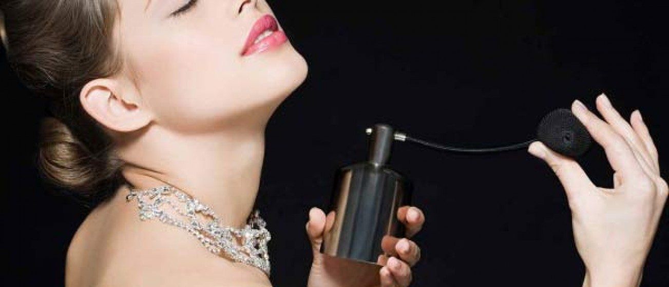Most Trendiest Perfumes for women  Buying Guide