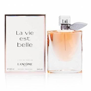 Lancôme La Vie Est Belle L'Eau de Parfum Spray, 3.4 Ounce, This fruity fragrance has a blend of black currant
